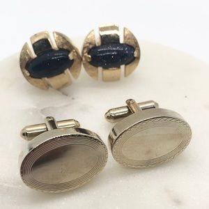 A pair of Vintage Toggle Cufflinks.